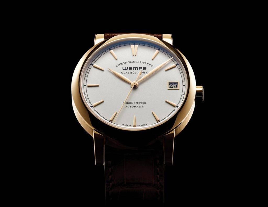avec faste les 10 ans de Wempe glashütte i/sA, la montre glashütte chronometerwerke est animée du calibre automatique Wempe cW4 aux finitions remarquables