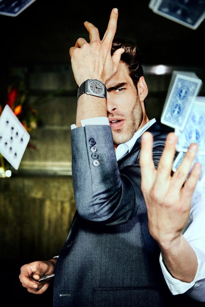 OCTO FINISSIMO Avec l'Octo Finissimo en titane, la montre automatique extraplate actuellement la plus fine, Bulgari affirme clairement sa volonté de rebattre les cartes en matière de haute horlogerie contemporaine.