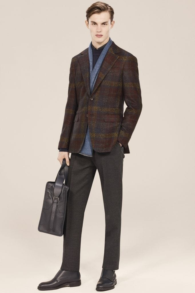 Veste en laine et alpaga, pantalon en laine et coton, écharpe en cachemire  et soie, chemise et sweat en coton, Canali 3c4dcd4d99b